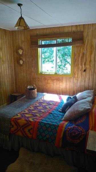 Cabaña Queltehue en castro, para disfrutar de un acogedora estadía en chiloé, alquiler vacacional en Dalcahue