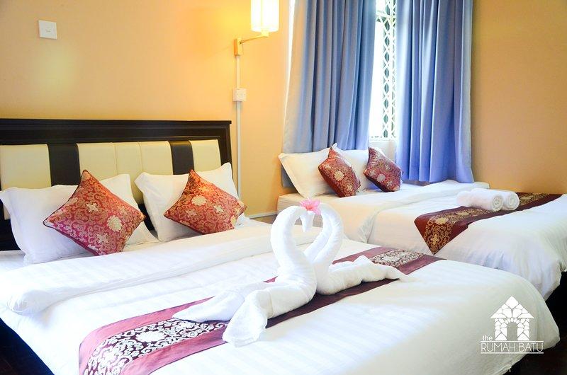 The Rumah Batu, vacation rental in Teluk Bahang