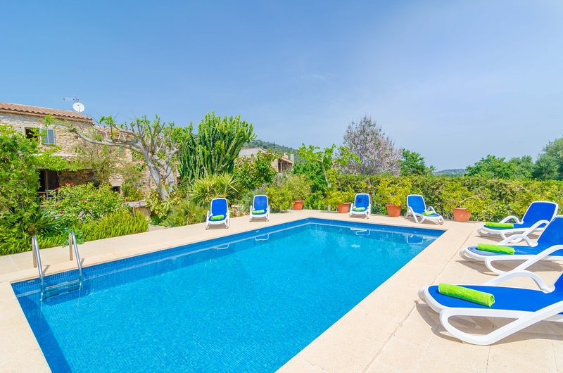 ES RAFAL DE BAIX - Villa for 8 people in Son Servera, vacation rental in Cala Mesquida