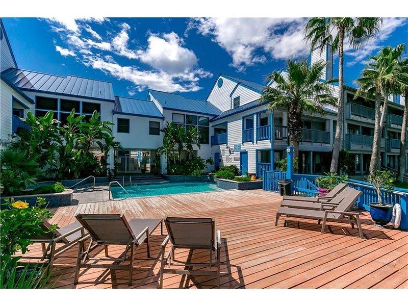 Cozy Paradise Condo #118 on Padre Island, alquiler de vacaciones en Corpus Christi