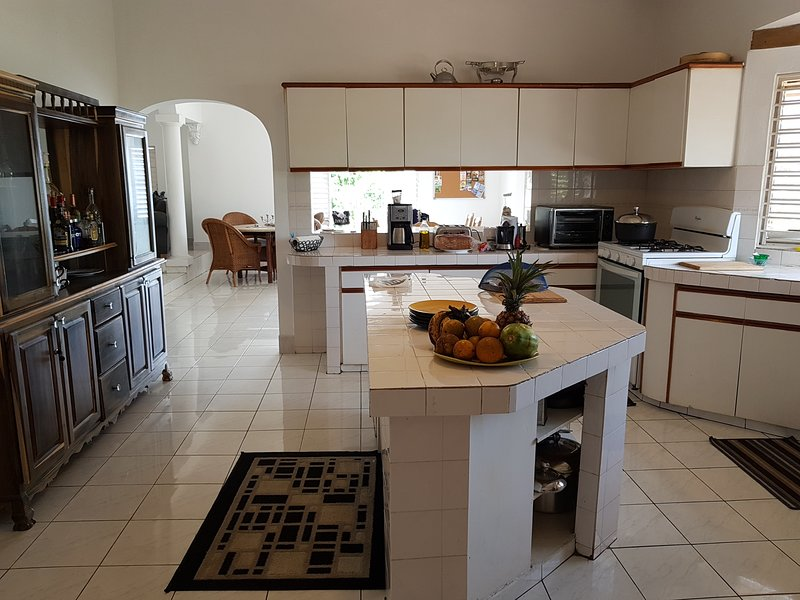 Fully equipped gourmet kitchen for you to try out your culinary skills.