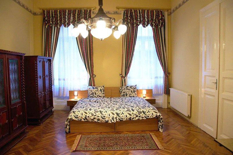 Camera da letto 1 con 4 letti singoli