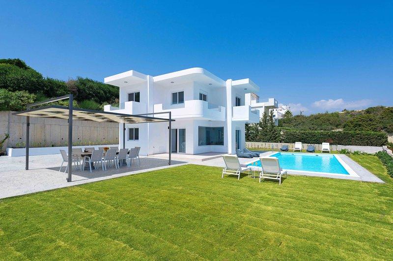 Hill & Sea View Villa, holiday rental in Kolimbia