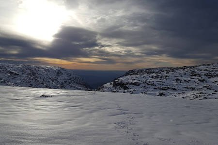 Ski on the Tor at the top of the Serra D'Estrela mountains in the Spring! 50 minutes drive away
