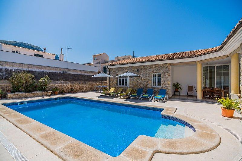 Chalet Colonia Sant Pere con piscina a 200 metros, holiday rental in Colonia de Sant Pere