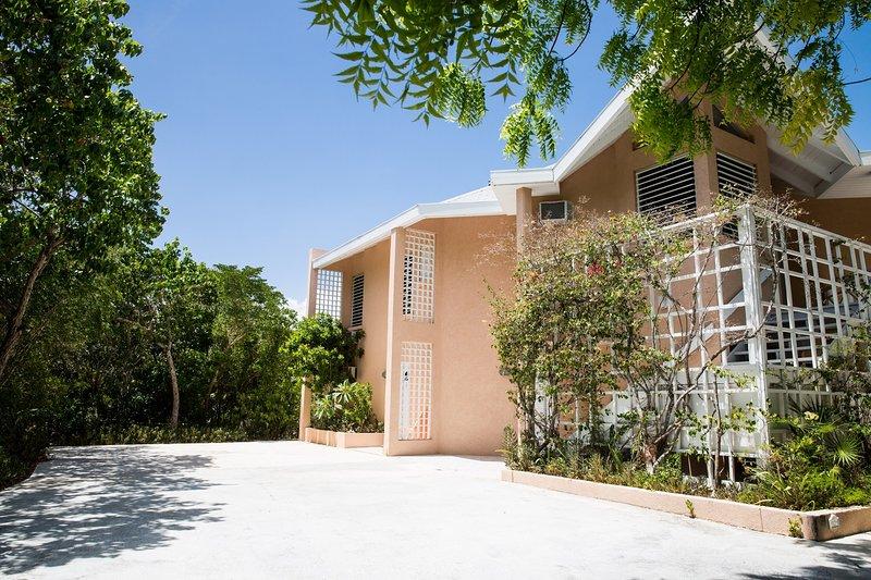 Coral Villa is open for Spring Break