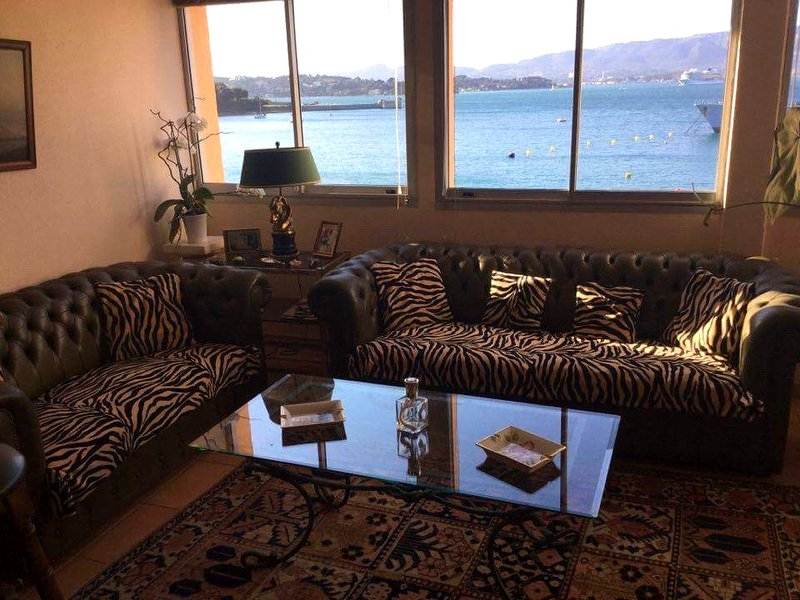 Beautiful apt with sea view & Wifi, vacation rental in Saint-Mandrier-sur-Mer