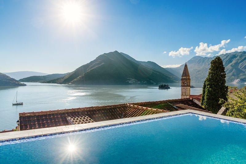 Perast sea views Villa, casa vacanza a Comune di Cattaro
