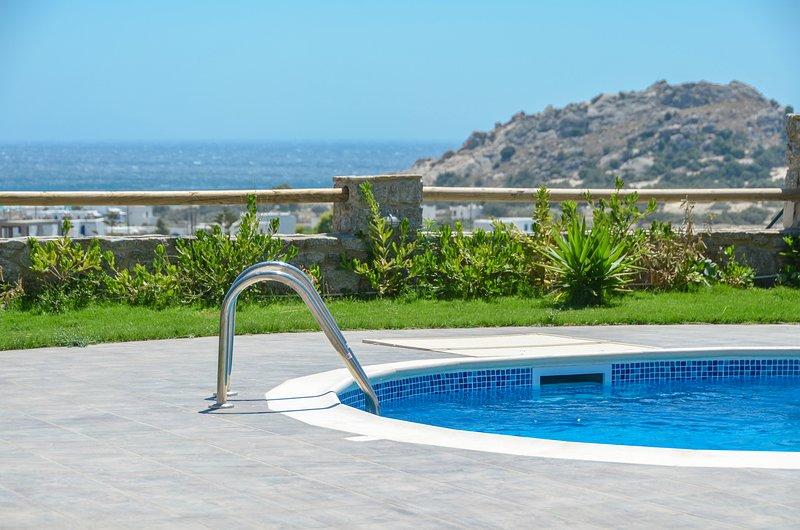 *NEW* NAXOS LUXURY VILLAS | PREMIUM SEA VIEW VILLA WITH PRIVATE POOL, vacation rental in Naxos