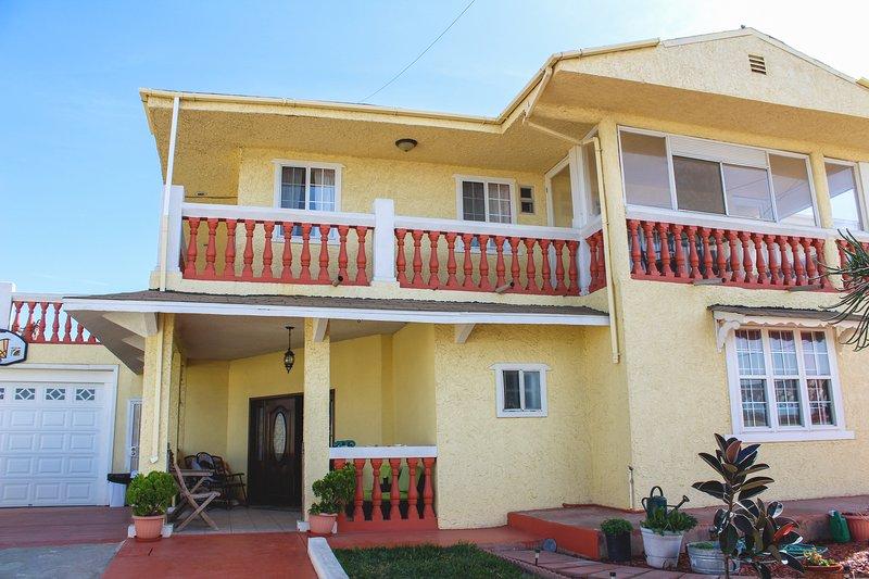 Playa Hermosa B&B - King Room, vacation rental in Ensenada
