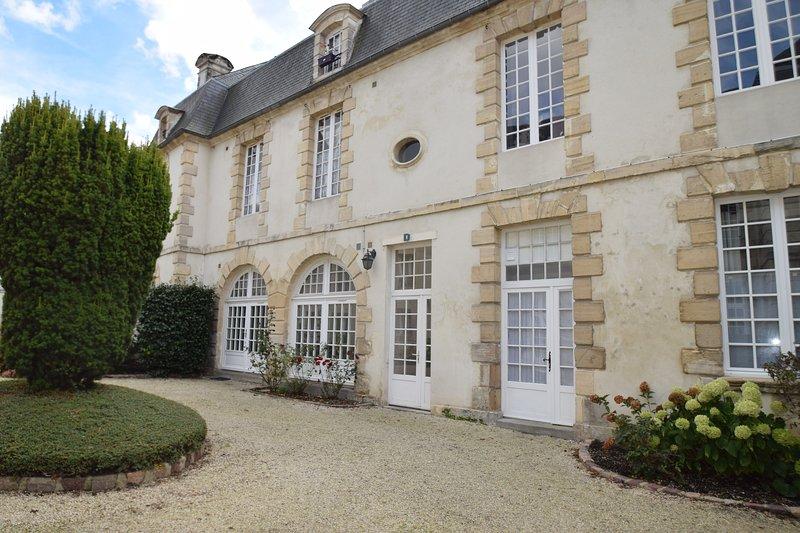 acogedor y confortable apartamento en residencia clásico en el centro histórico de Bayeux
