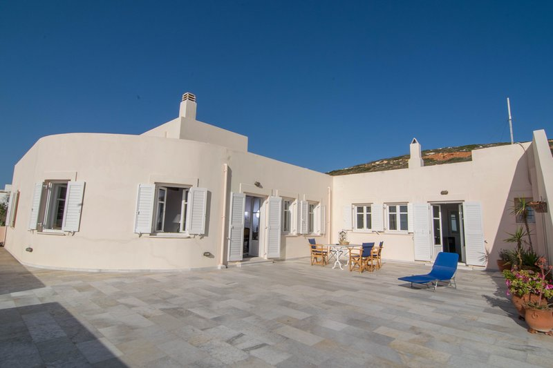 Domaine Seladaki - A relaxing paradise, holiday rental in Donousa Town