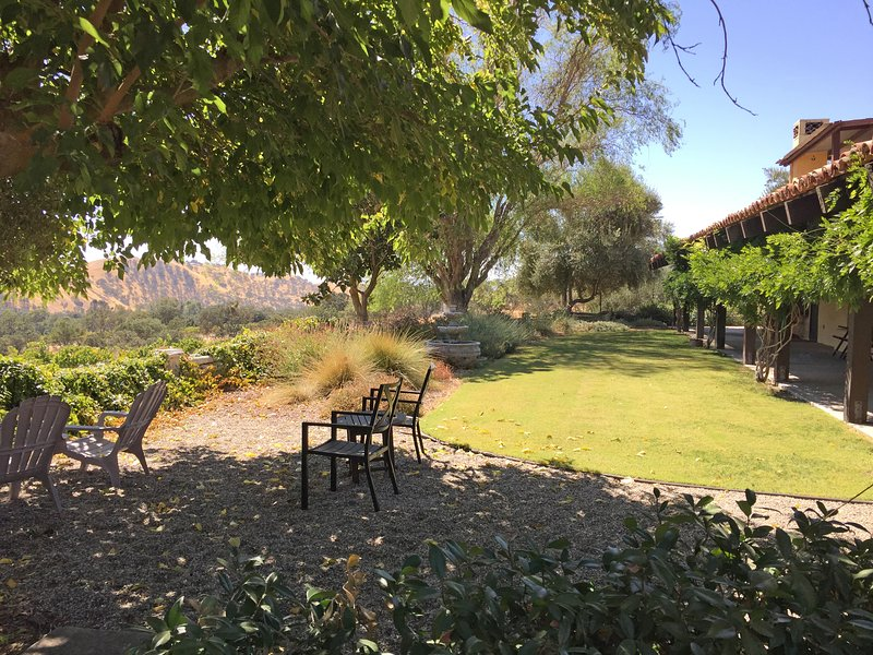 Paso Robles Wine Country Silver Owl Cellars & Vineyard (Private Pool), casa vacanza a San Miguel