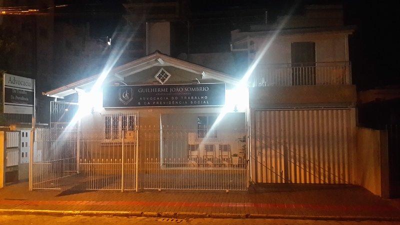 Apartamento 2 Suítes para Temporada - Centro de Balneário Camboriú, alquiler de vacaciones en Balneario Camboriu