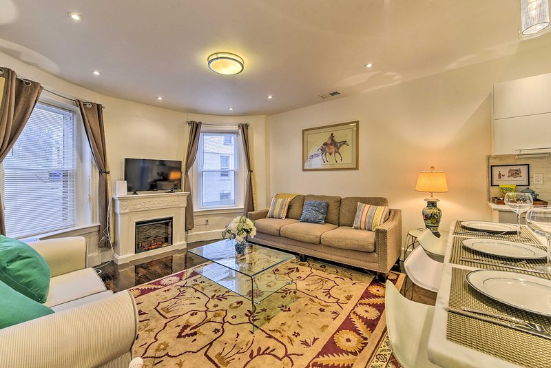 You'll love this 2-bedroom, 1-bathroom vacation rental apartment in Brookline!