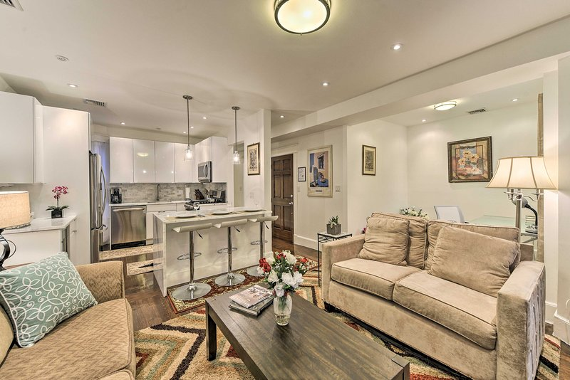 This 2-bedroom, 1-bath vacation rental home is ideal for your next Boston trip.