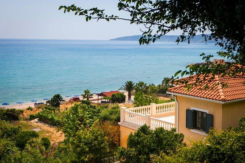 Lourdata Villa Sleeps 6 with Pool Air Con and WiFi - 5238068, aluguéis de temporada em Trapezaki