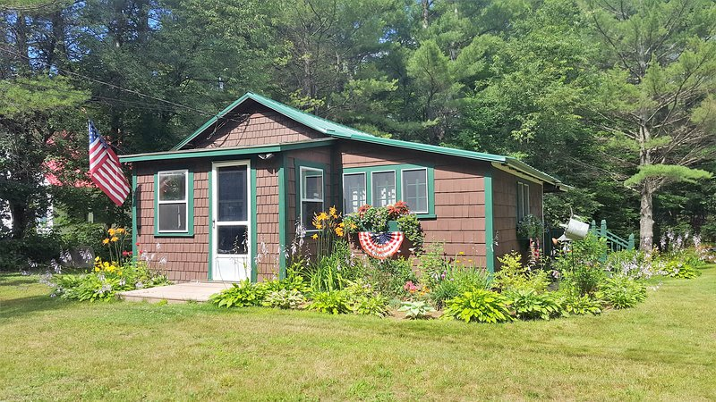 Ammonoosuc House- Twin Mt NH 03595, vacation rental in Whitefield