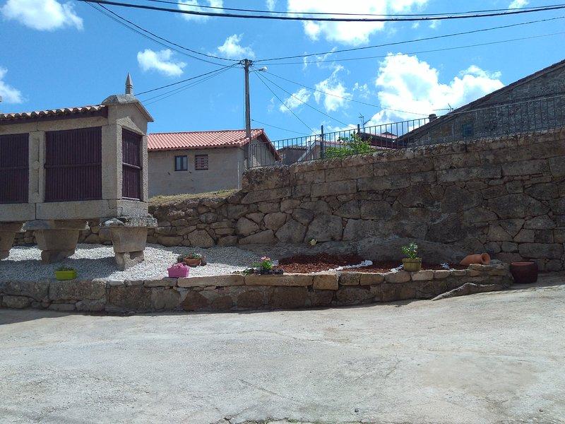 Casa  Quintas, holiday rental in Trasmiras