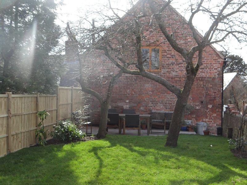 private garden barn annexe