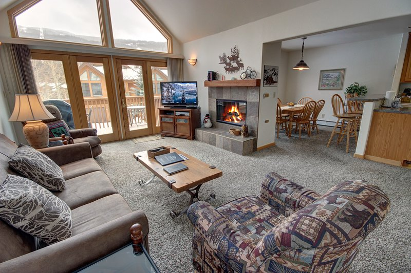 Snake river townhomes have a great open floor layout for you and your guest to be able to enjoy every moment of what is going on.