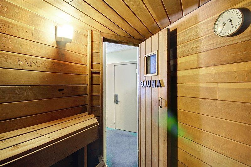 Key Condo sauna.