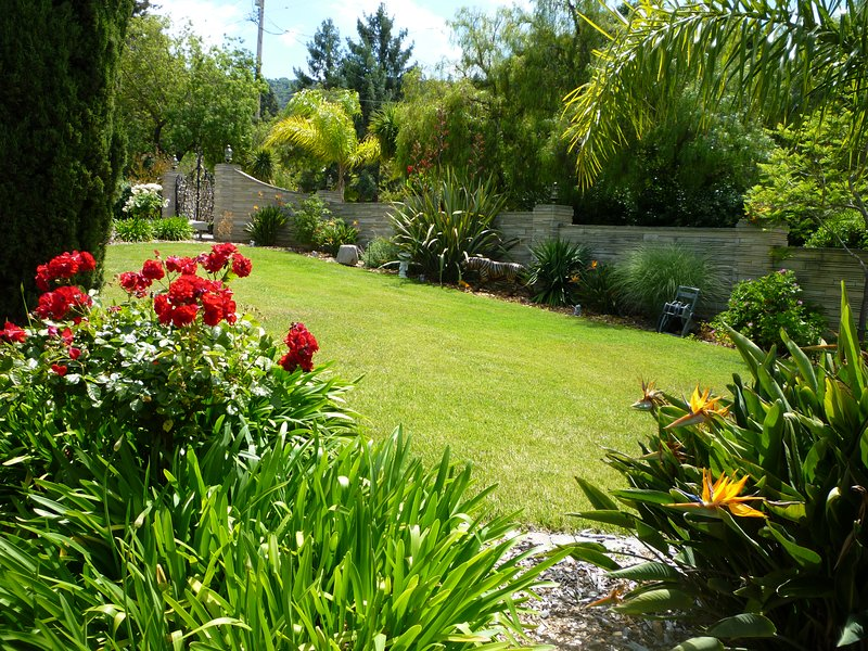 Furnished Executive House in Resort like setting-Prime area., alquiler vacacional en Los Gatos