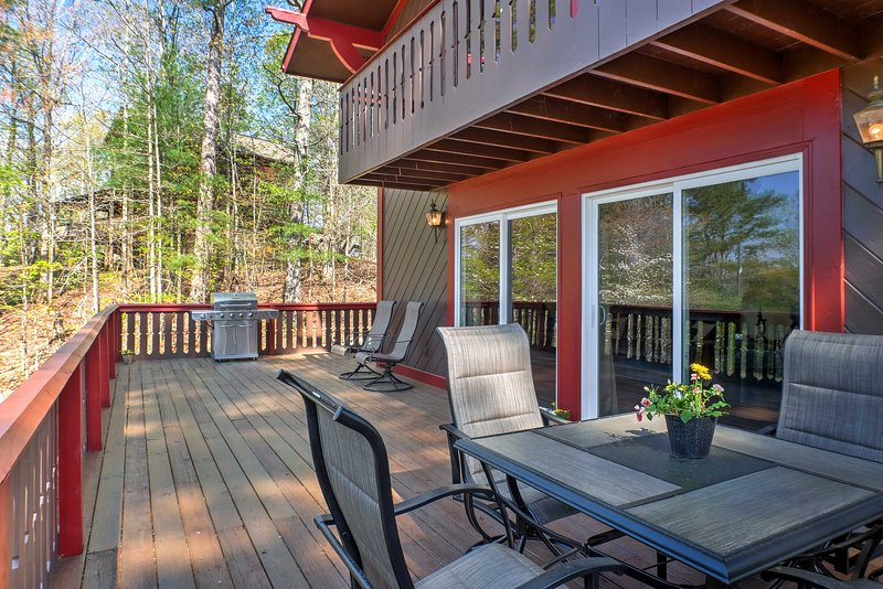 Escape to charming Ellijay at this vacation rental home!