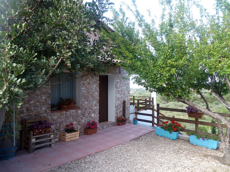 Casa Antonella &  Melissa ,molto carina e intima, vacation rental in Nuoro