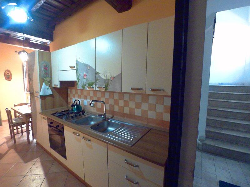 Appartamento Turistico di Emiliano e Rosita, vacation rental in San Martino al Cimino