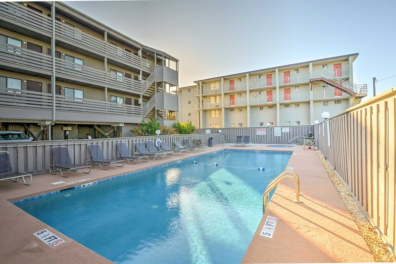 This condo offers 1 bedroom, 1 bathroom, space for 4, and access to a pool!