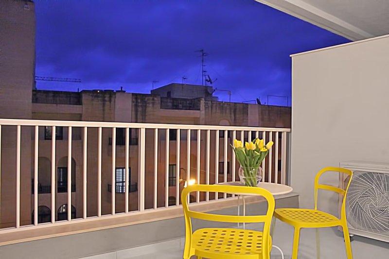Qawra Seacrest Apartment B8, vacation rental in Salina