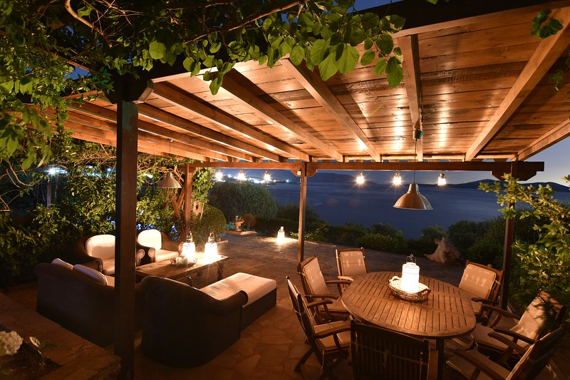 Garden Terrace's Night View