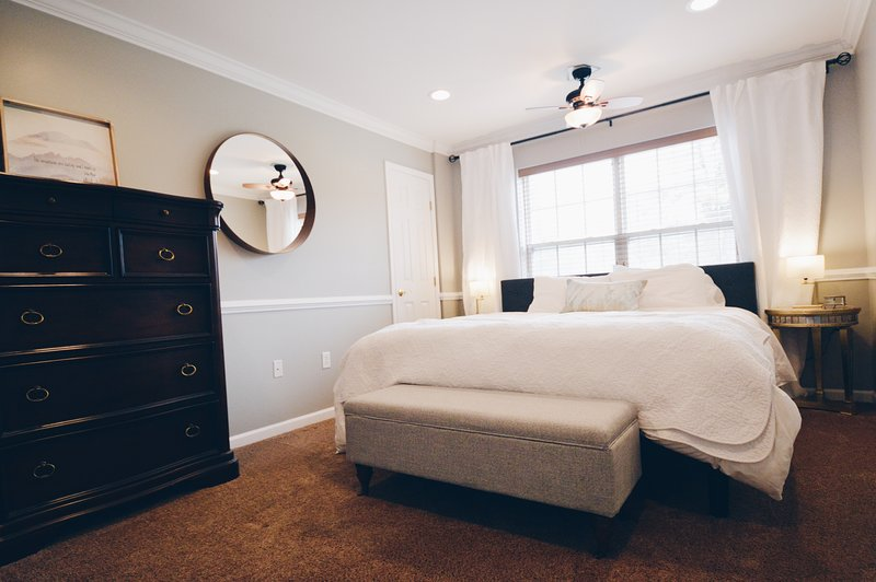 cama de tamanho King: Bedroom2