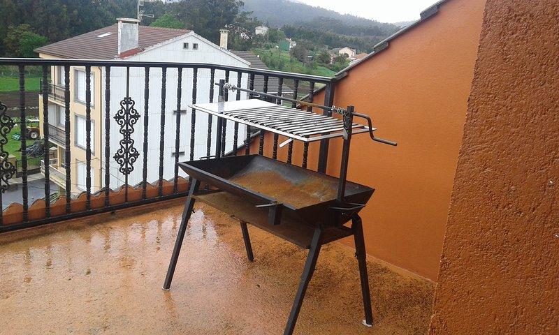 Atico mini duplex a 3 m. playas, vacation rental in A Ponte do Porto