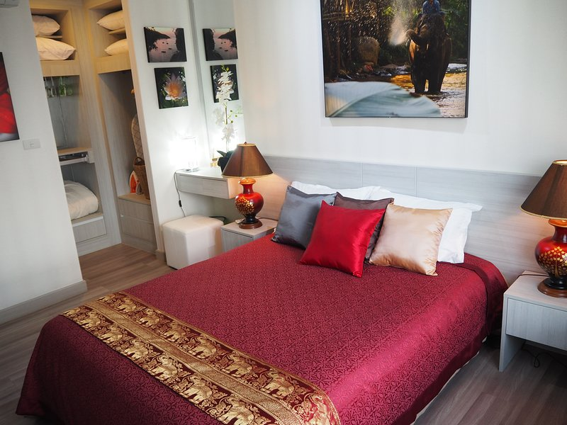 New Prio Condo w/ Great View Near Old City/Center, vacation rental in Haiya