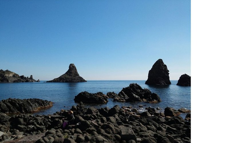 Drago Holiday Sea House, location de vacances à Acitrezza