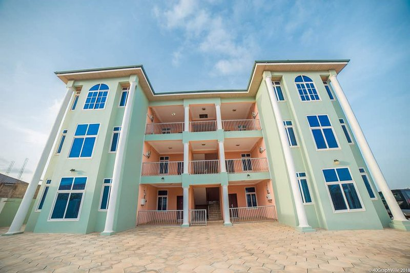 Appartment El-ShaddU, Ferienwohnung in Oyarifa