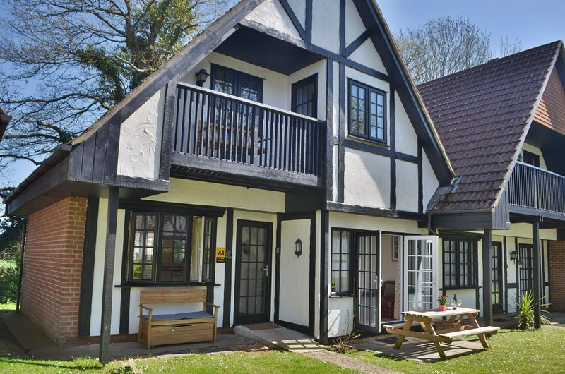 36 Tudor Court, Tolroy Manor, holiday rental in Gwinear
