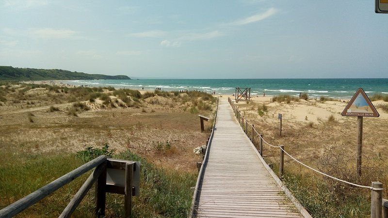 Beach of Punta Penna and Punta Aderci