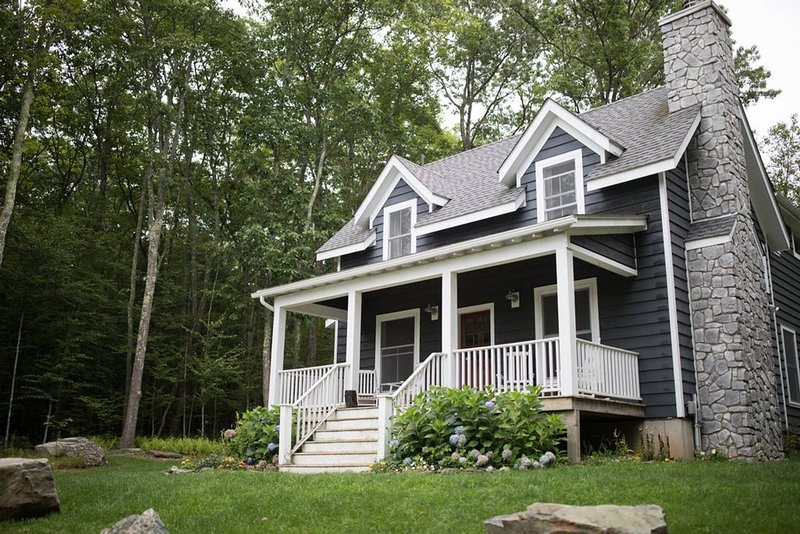 Rustic Modern Catskills Cottage, vacation rental in Damascus