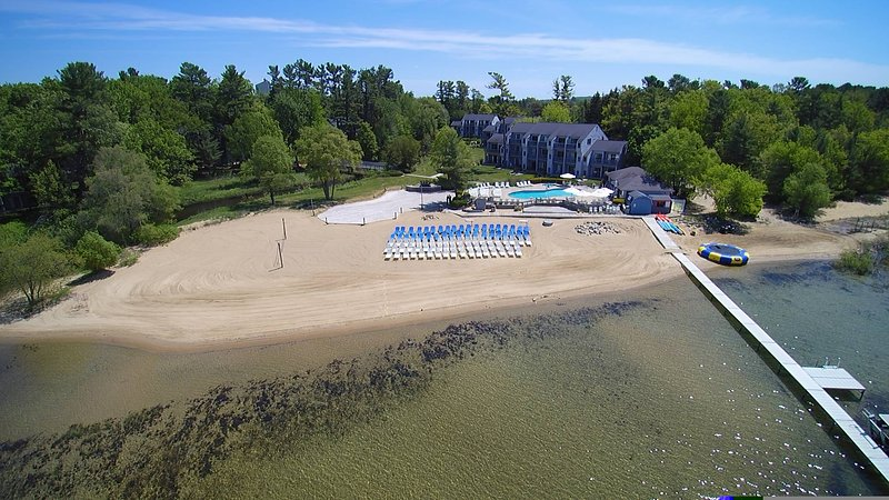 Pool, hot tub, restaurant, bar & more plus a beautiful sandy beach and crystal clear waters!