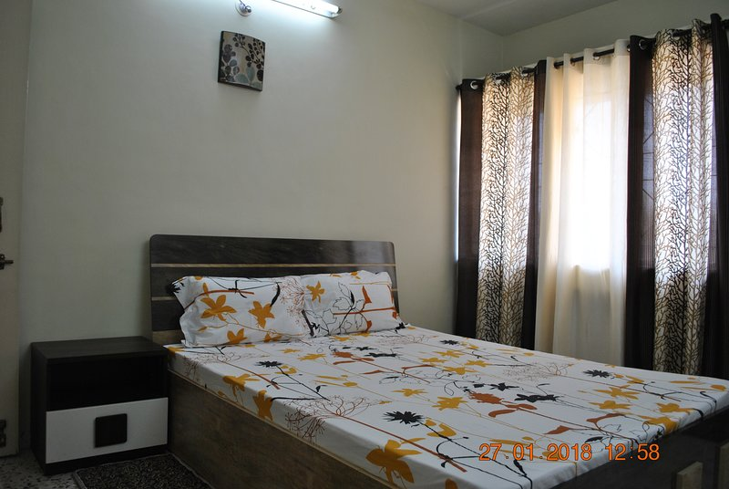 Jain Room, holiday rental in Vagholi