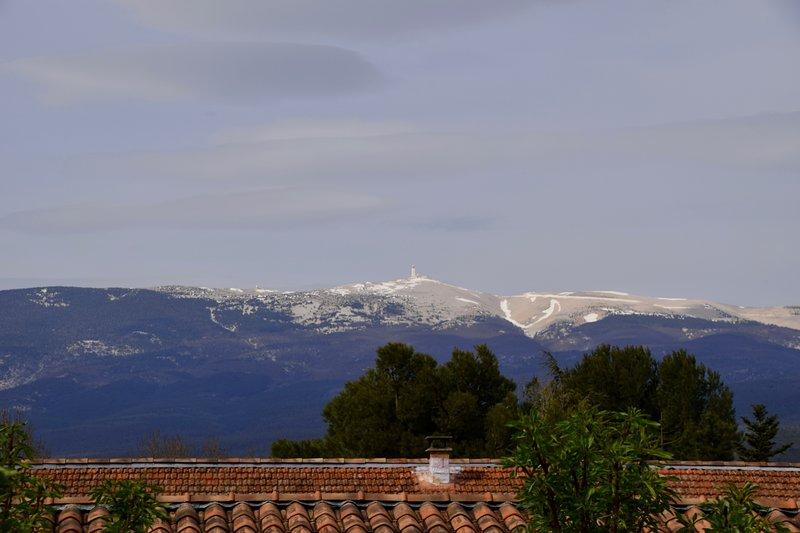 Vista de la gigante de la Provenza, el Mont Ventoux