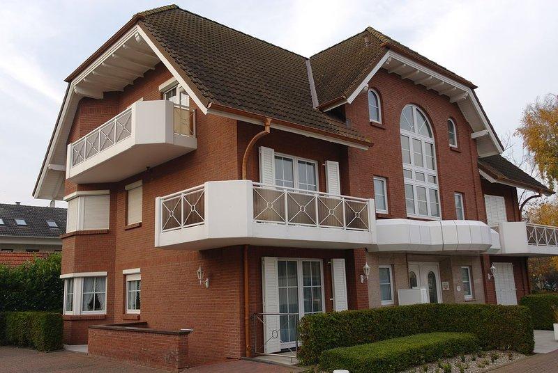 TOP-Ferienwohnung in Traumlage in Grömitz, 'mittendrin' und trotzdem sehr ruhig, vacation rental in Gromitz