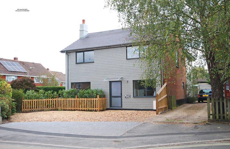 MARIGOLD COTTAGE   Beautiful holiday home, sleeps 5, holiday rental in Brockenhurst