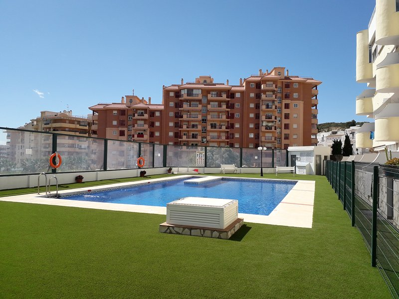 Other view of the sunny pool area