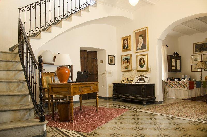 La Stanza della Zia, Antica Casa Cristofori, vacation rental in Uri