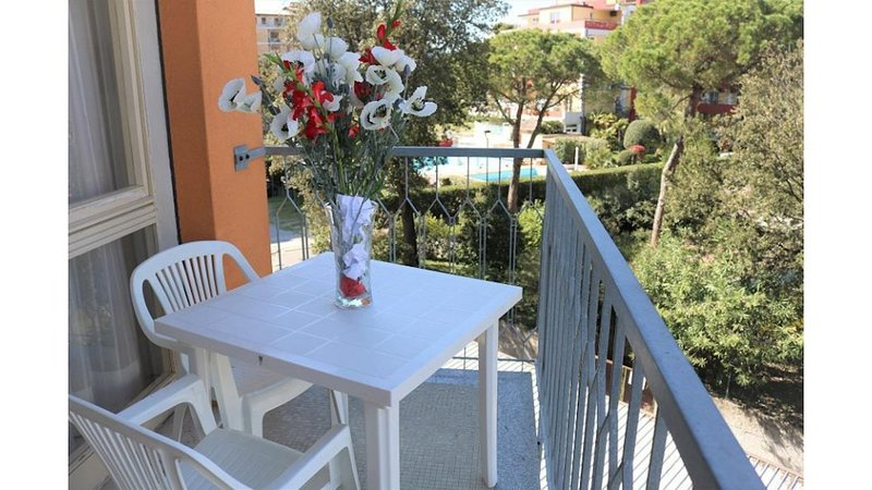 Nice apartment just 50 metres from the beach, vacation rental in Bibione