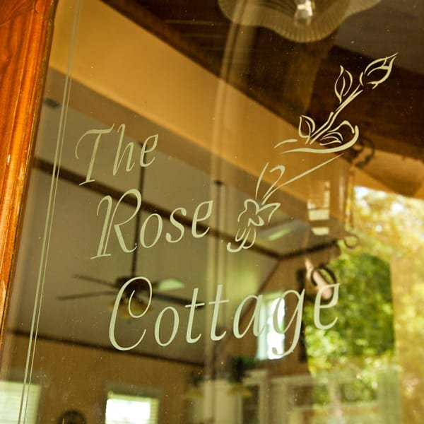 Lady Kassie's Rose Cottage, holiday rental in Brenham